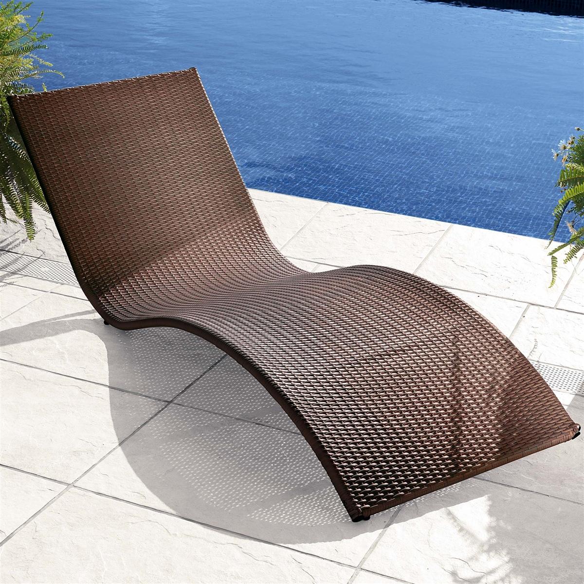 rattan liege f r innen raum und m beldesign inspiration. Black Bedroom Furniture Sets. Home Design Ideas
